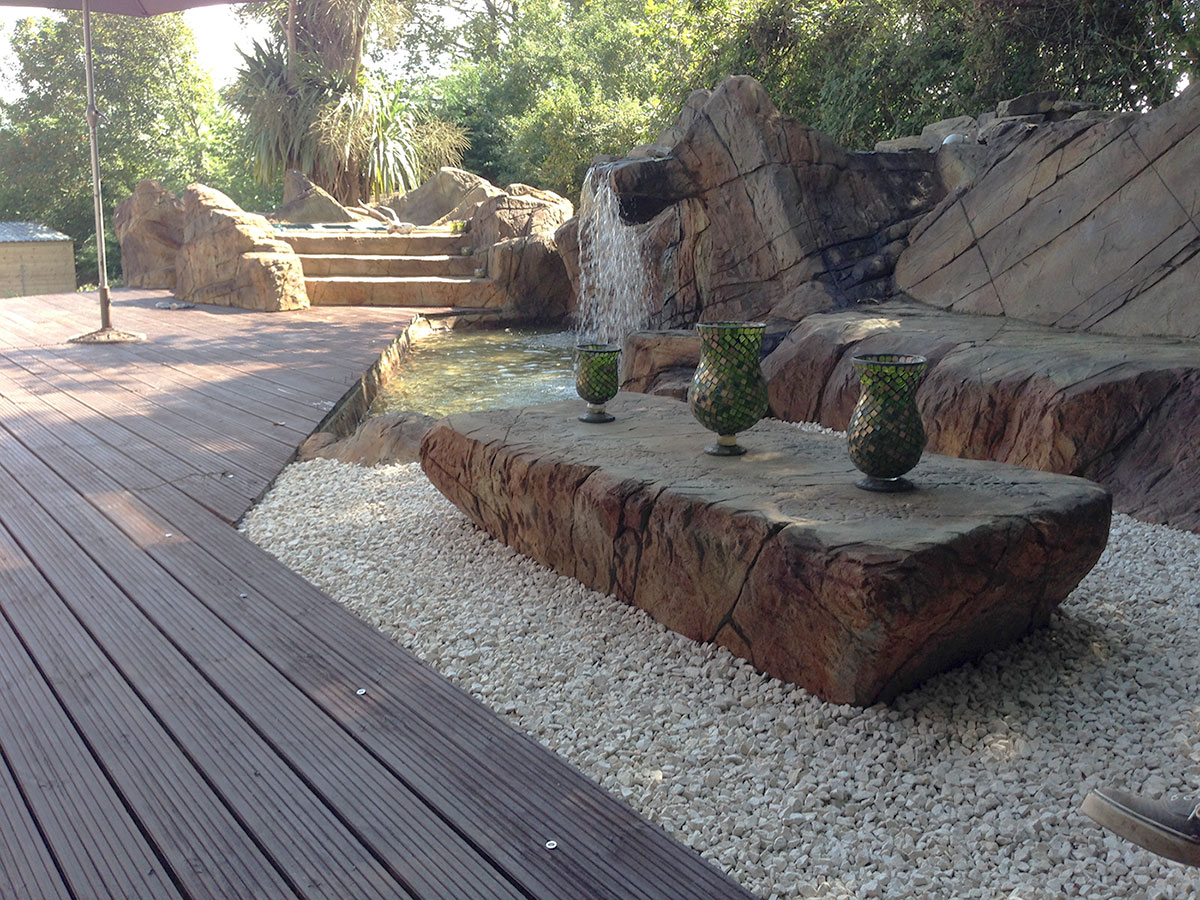 Theme park set of rocks and decking